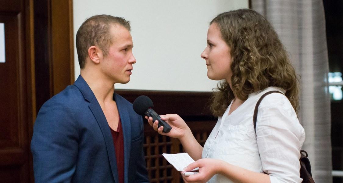 Interviewsituation mit zwei Personen