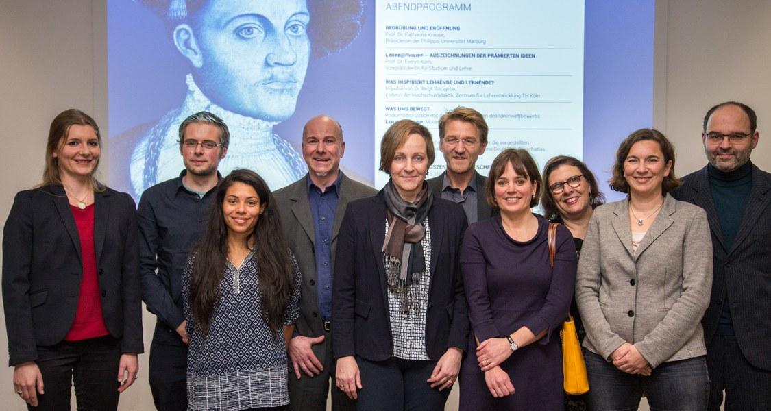 """Gruppenfoto der Preisträgerinnen und Preisträger am """"Tag der Lehre"""""""