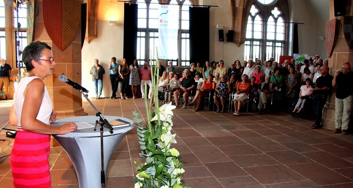 Foto von Landrätin Kirsten Fründt bei der Eröffnung der Kunsttage