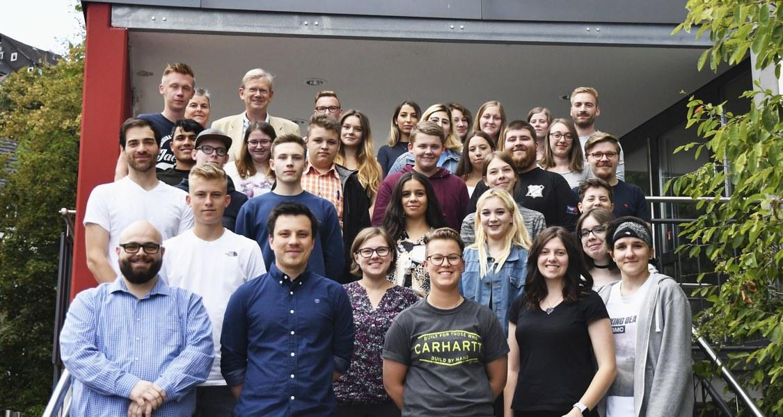 Gruppenfoto der neuen Auszubildenden
