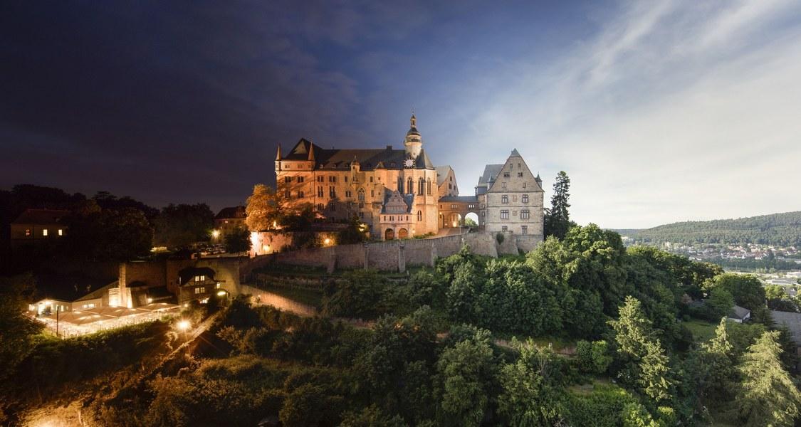 Schloss hell/dunkel
