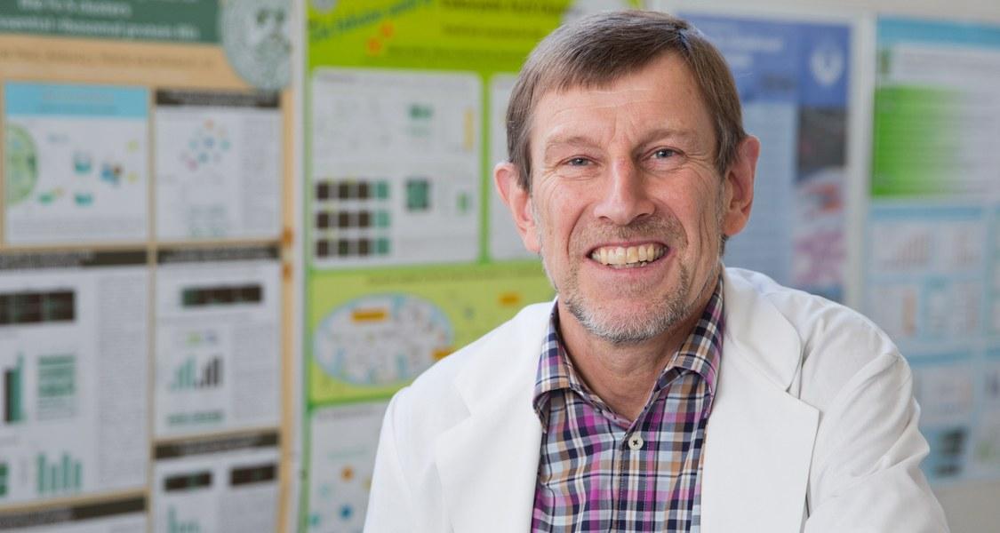 Prof. Dr. Roland Lill wurde für seine wichtige Forschungsarbeit zu Eisen-Schwefel-Proteinen ausgezeichnet.