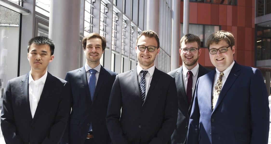 Gruppenfoto der Promotionspreisträger