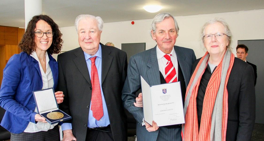 Gruppenfoto bei der Verleihung