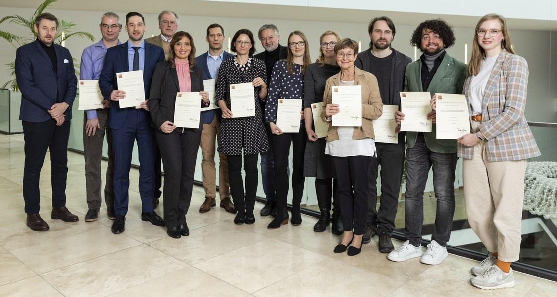 Gruppenfoto mit den Projektbeteiligten