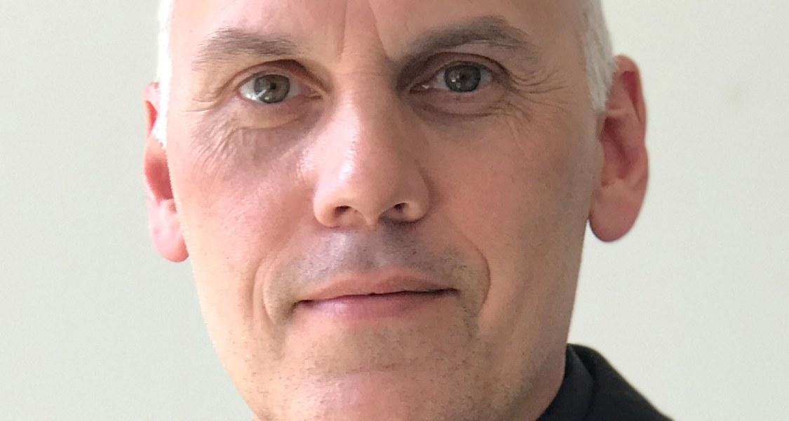 """Der Marburger Chemiker Eric Meggers erhält einen """"ERC Advanced Grant"""" des Europäischen Forschungsrates."""