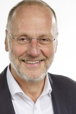 Der Marburger Sozialpsychologe Ulrich Wagner leitete ein Forschungsteam mit Fachleuten aus Universität und Bundeskriminalamt, um fremdenfeindliche Straftaten zu untersuchen.