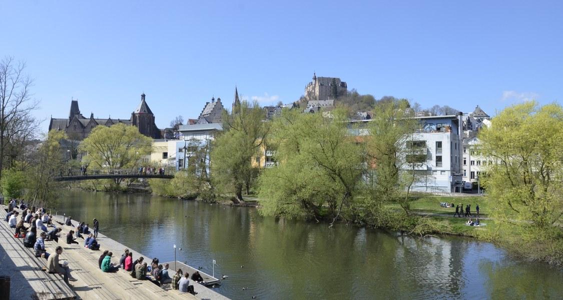 Lahnterrassen mit Panorama zum Schloss