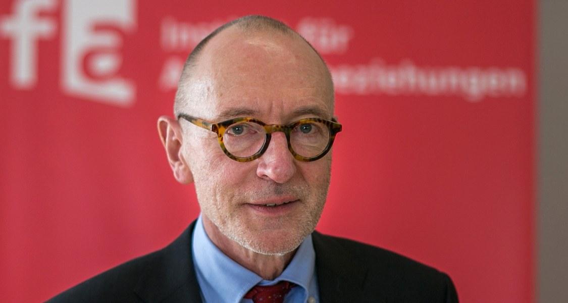 Foto von Prof. Dr. Ulrich Raulff