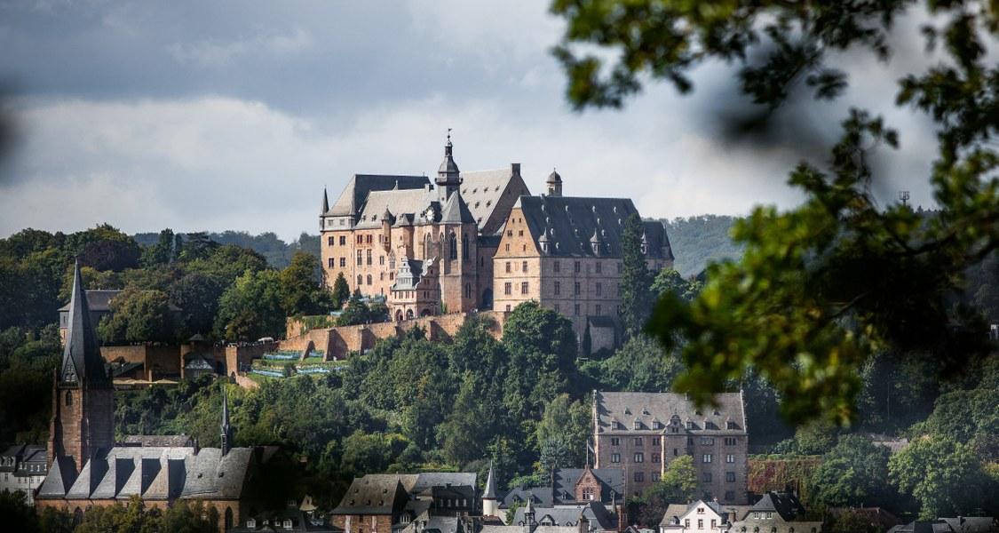 Schloss aus der Ferne