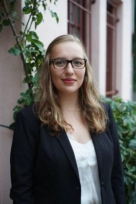 Portrait von Frau Leslie Heimann (studentische Hilfskraft)