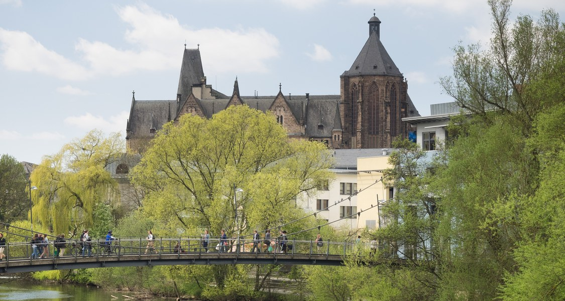 Alte Universität von den Lahntreppen aus