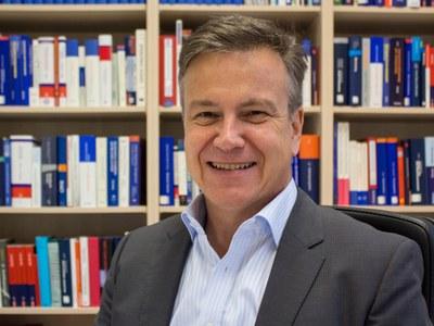 Portrait Prof. Dr. Michael Lingenfelder