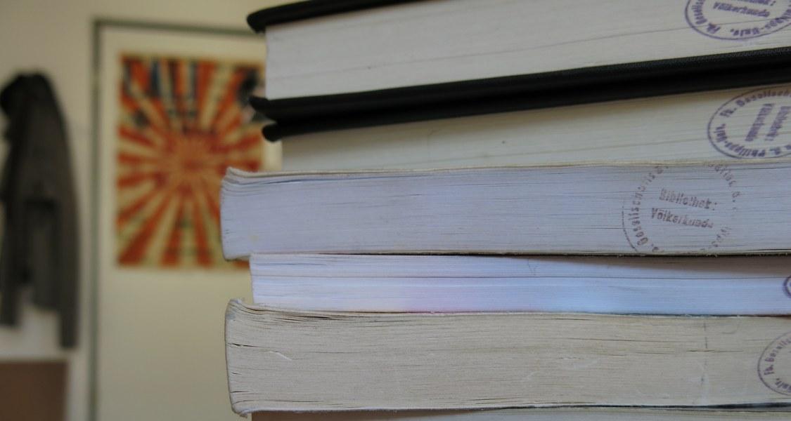 Foto mit Literaturempfehlungen