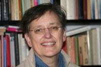 Dr. Julia Paulus