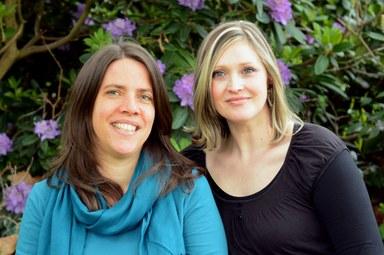 Ulrike Mbutcho und Carolin Zingel sind zu sehen.