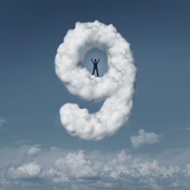 Projekt_rosaroteBrille_cloud9.jpg
