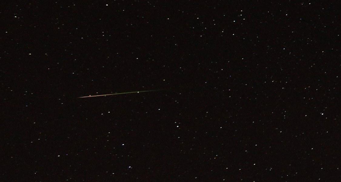 Meteor im Sternbild Giraffe, 12. August 2018