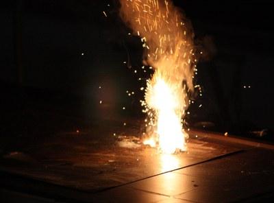 Schwarzpulver brennt