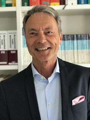 Prof. Dr. Michael Binger
