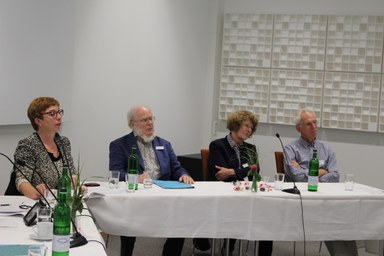 Prof. Dr. Susanne Lin-Klitzing, Prof. Dr. Hans-Christoph Berg, Prof. Dr. Frauke Stübig, Prof. Dr. Karl-Heinz Arnold bei Podiumsdiskussion