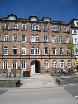 Abbildung: Gebäude des Zentrums für Konfliktforschung in der Ketzerbach in Marburg