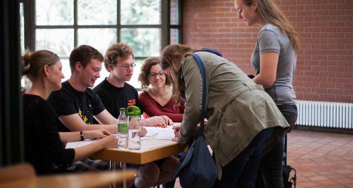 Unichor-Mitglieder beim Vorsingen