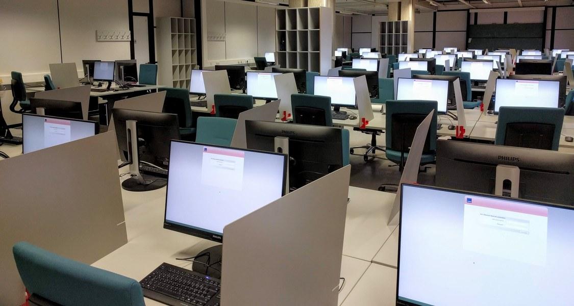 PC-Saal E-Klausuren (03D25)