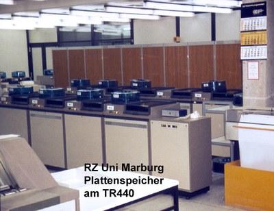 Plattenspeicher der Rechenanlage CGK TR440 1975