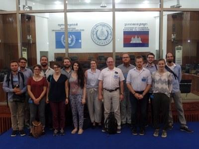 Teilnehmer/innen der Kambodscha-Exkursion 2017 bei den ECCC