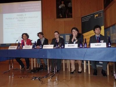 Das gesamte dritte Panel, auch mit ICWC-Mitglied Schulmeister (Mitte), PD Dr. Weinke (2.v.r.) und ICWC-Mitglied Luber (ganz rechts)