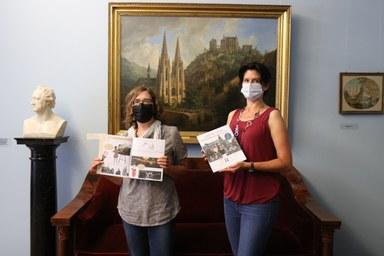 Illustratorin Annegret Ritter und Autorin Claudia Rust präsentieren das Mitmach-Hefts