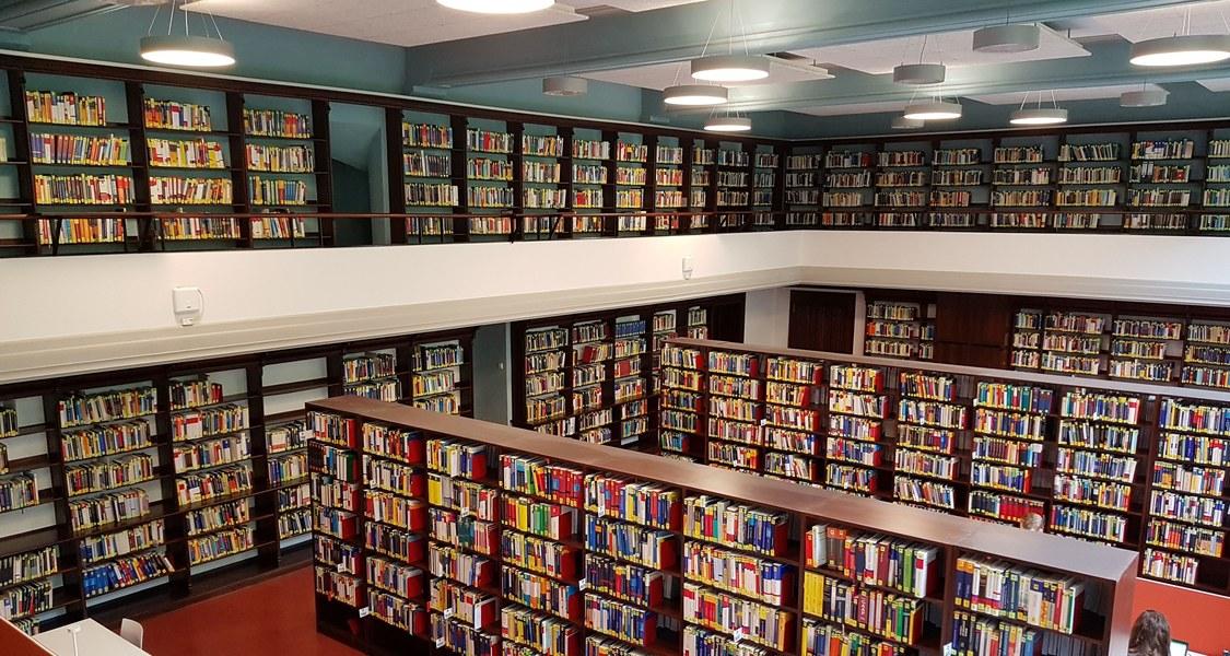Großer Lesesaal der Bibliothek Wirtschaftswissenschaften
