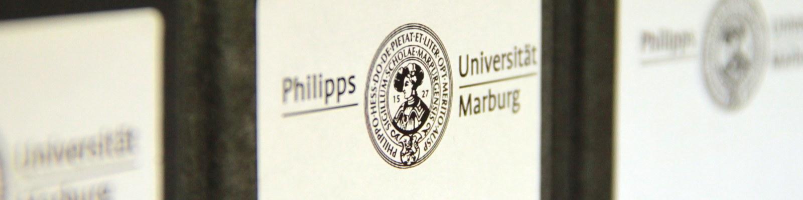 Ordner mit Philipps-Logo