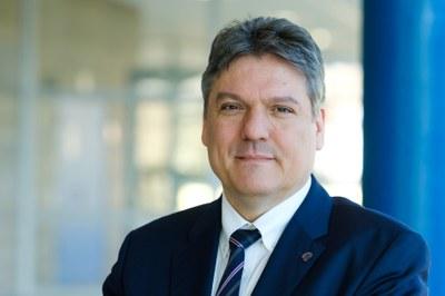Porträt Vizepräsident Prof. Dr. Joachim Schachtner