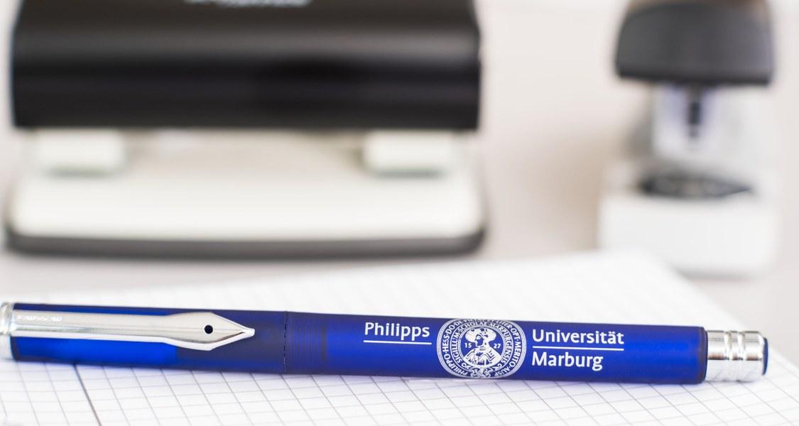 Schreibtisch Uni Marburg