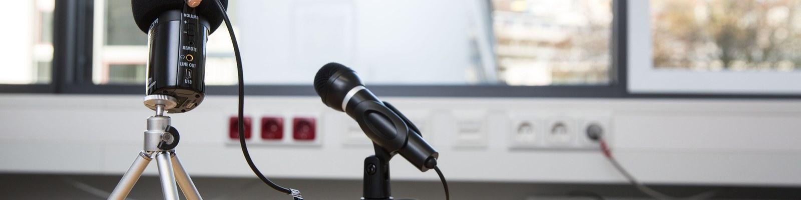 Mikrofon und Aufnahmegerät
