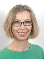 Here, you see a photograph of Andrea Tschirch