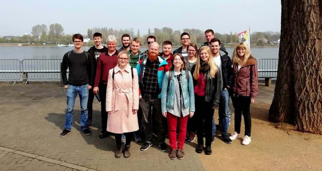 Group Picture of Roling Research Group in Mainz 2019