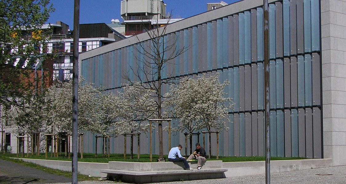 Central Medical Library.