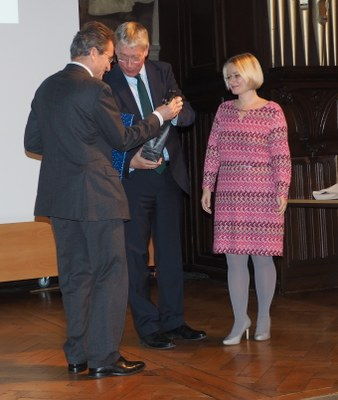 From the left to the right: Bishop Wolfgang Huber, Professor Dr. Eckart Conze, Professor Dr. Stefanie Bock.